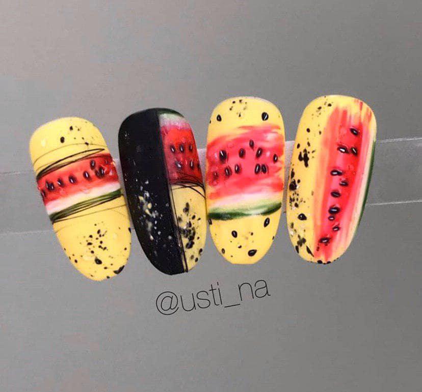 сочные фрукты на миндалевидной форме ногтей – тренд 2019