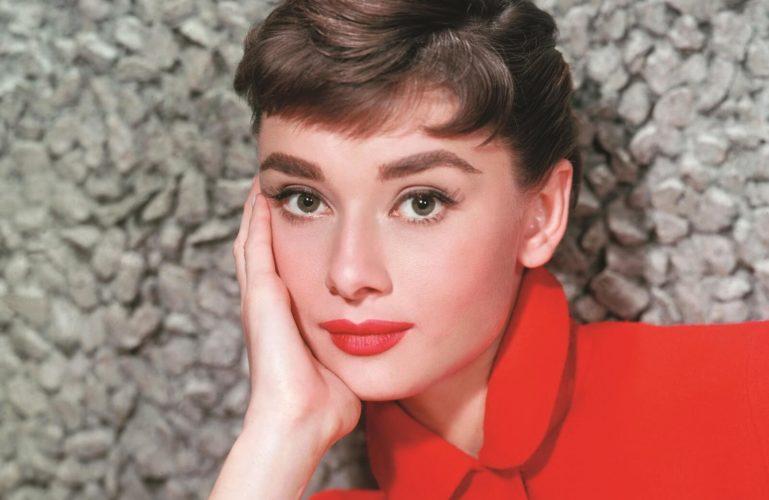 Цитата Одри Хепберн о красоте