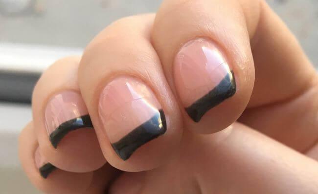 Механическое воздействие на ногти - причина сколов
