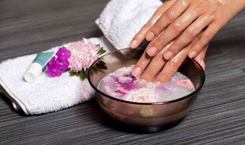 Ванночка для ускорения роста ногтей