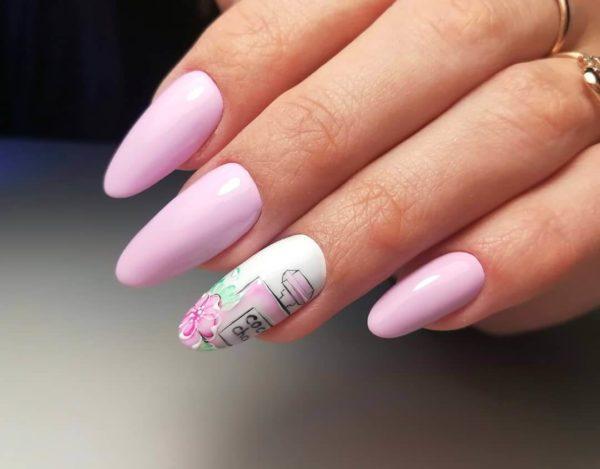 Нежно-розовый весенний маникюр