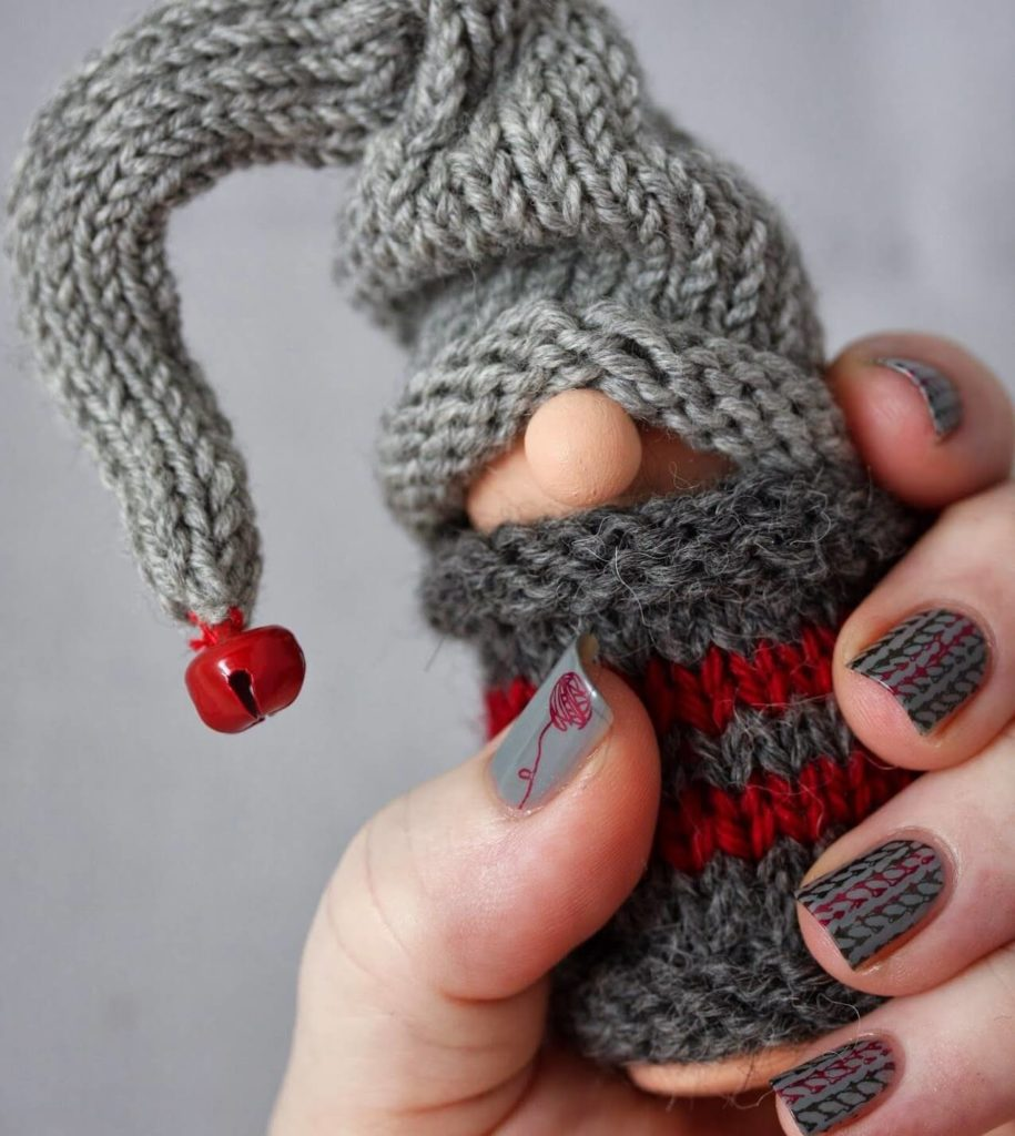 Вязаный стемпинг на ногтях