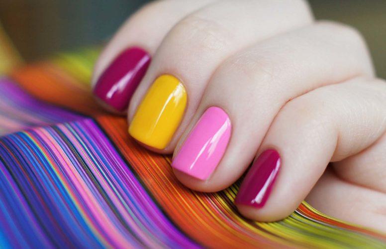 Ошибки начинающих при фотографировании маникюра на ногтях
