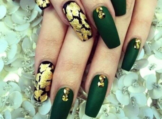 Пример золотого с зеленым