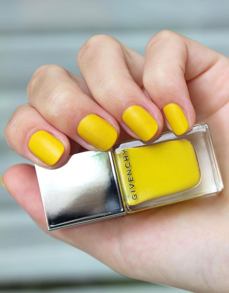 Желтый маникюр основные правила