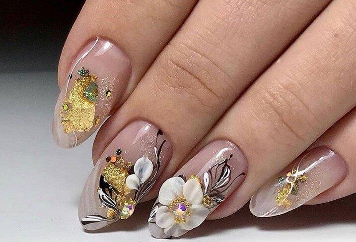 Художественная роспись с цветами
