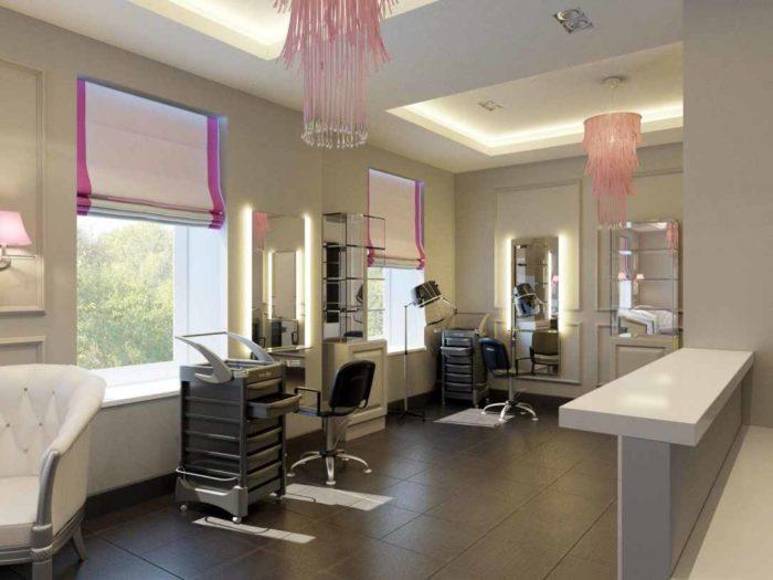 Зона работы парикмахера в салоне Одри Хепберн